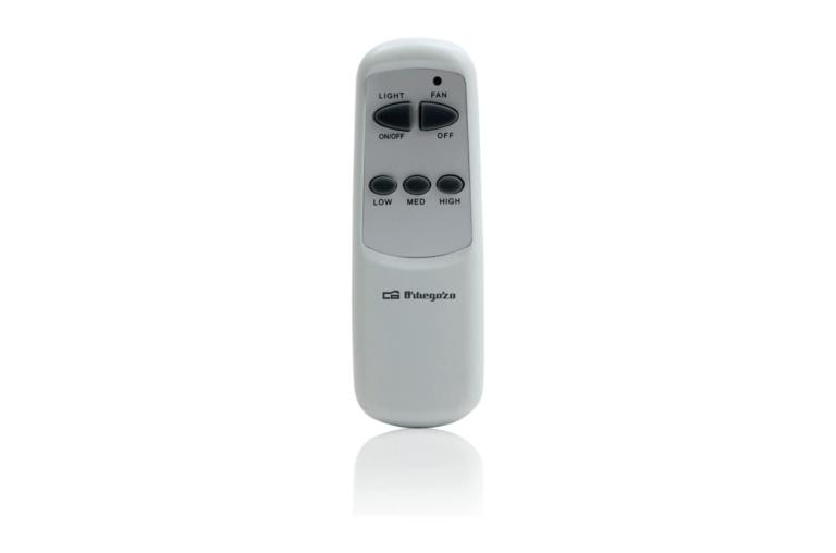 Orbegozo CP 72120. Con luz y mando a distancia